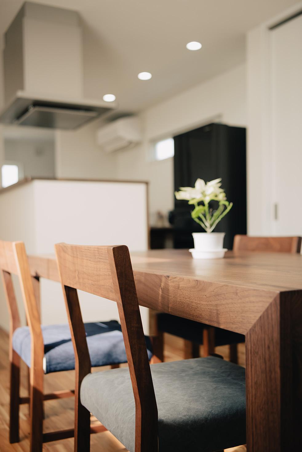 二世帯住宅 ダイニングテーブル